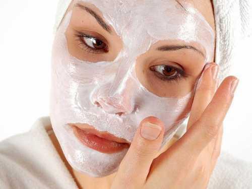 маска для лица из соды с медом, солью, овсянкой, перекисью