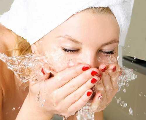 уход за кожей лица: сохранение молодости и борьба с косметологическими проблемами